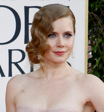 Amy Adams at the Golden Globes // Belle Belle Beauty
