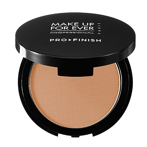MAKE UP FOR EVER Pro Finish Multi-Use Powder Foundation // Belle Belle Beauty