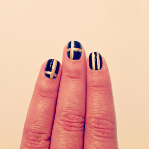 Metallic and Navy Graphic Nails Prep // Belle Belle Beauty