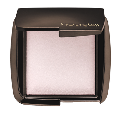 Hourglass Ambient Lighting Powder in Ethereal Light on Belle Belle Beauty