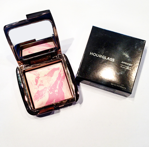 Hourglass Ambient Lighting Blush on Belle Belle Beauty