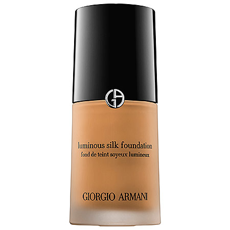 Giorgio Armani Beauty Luminous Silk Foundation on Belle Belle Beauty